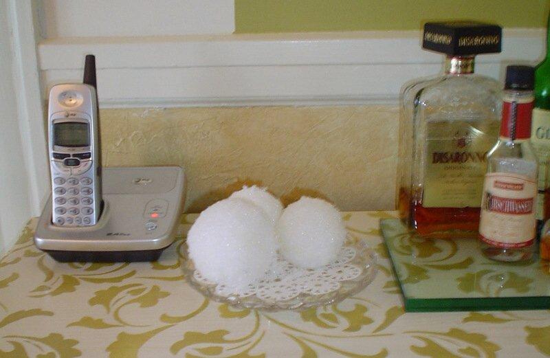 Snowballs_inside