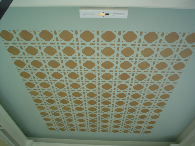 Ceiling pattern